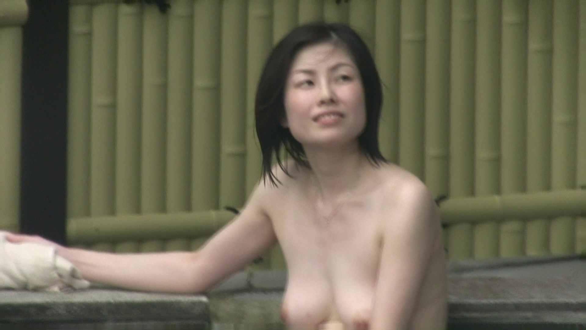 高画質露天女風呂観察 vol.035 OL  95pic 16